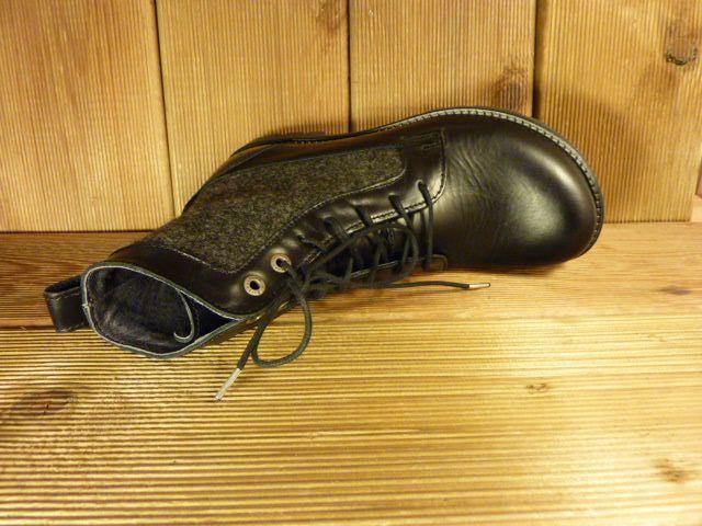 Birkenstock Schwarze Stiefeletten aus Naturleder mit Birkenstock-Laufsohle, Schnürung und  Filzeinsatz