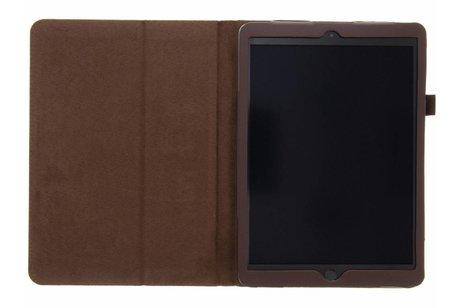iPad (2017) hoesje - Bruine effen tablethoes voor
