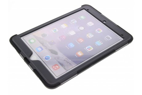 iPad Pro 9.7 hoesje - Griffin Zwarte Survivor Slim