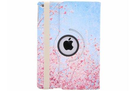iPad (2017) hoesje - 360° draaibare roze takken