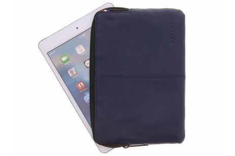 Decoded Blauwe Leather Slim Sleeve voor de iPad Mini / 2 / 3 / 4