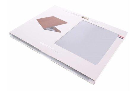 MacBook Pro Retina 15.4 inch (2013-2017) hoesje - Decoded Zwarte Leather Slim