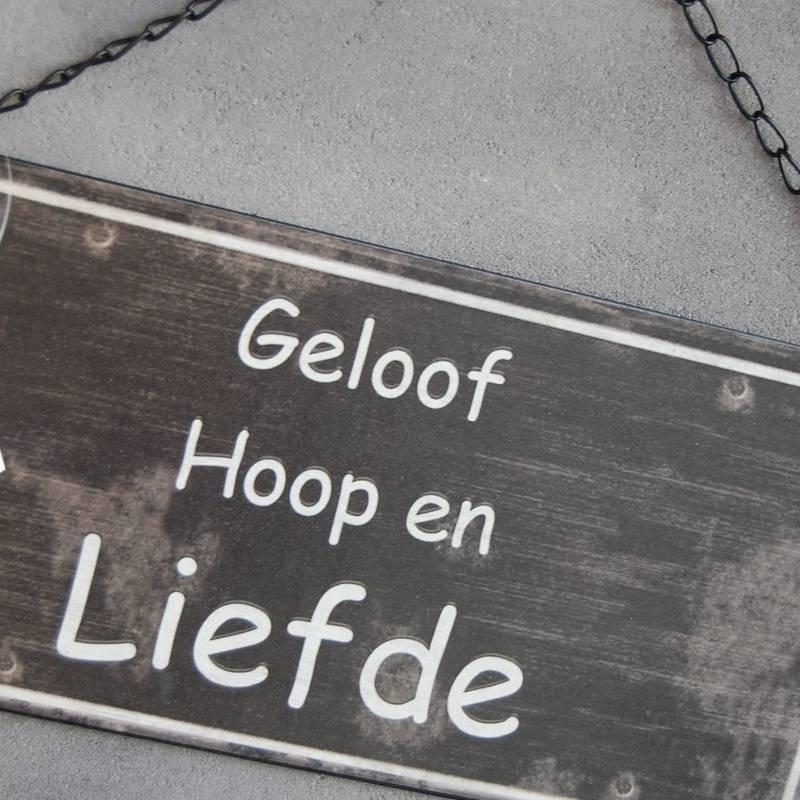 GeWoon Tekstbord geloof, hoop en liefde - 30x15 cm