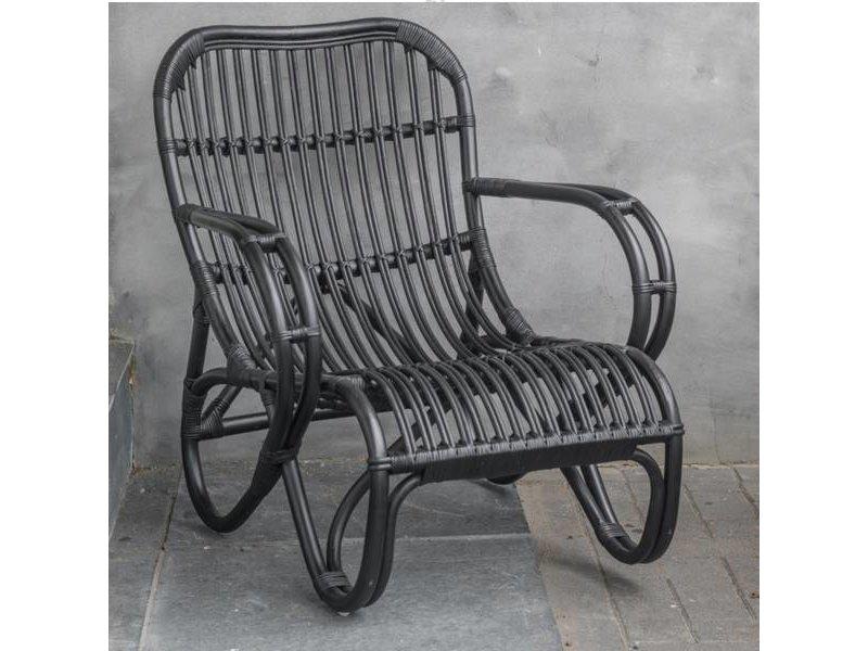 GeWoon Zwarte rotan loungestoel - Mahakan