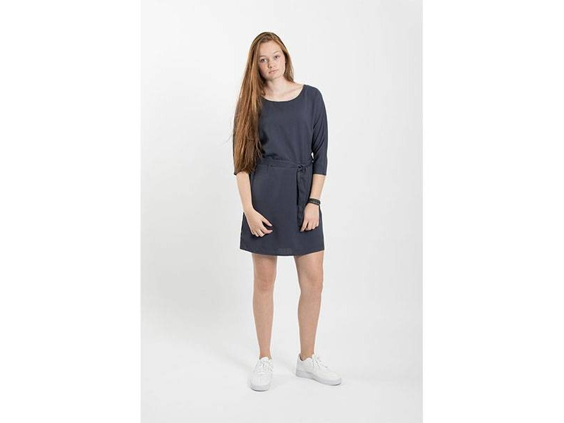 Zusss Sjiek jurkje met ceintuur nachtblauw - L/XL