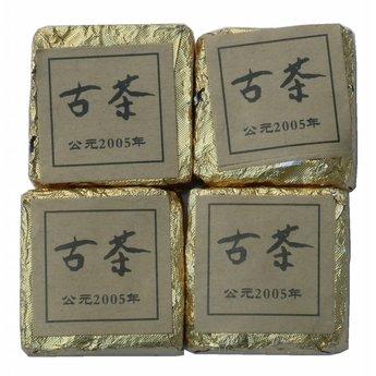 Old fermented Mini-Pu Erh brick 2005 (10 pièces)