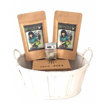 Coffret cadeau panier cellophane: 2 thés BIO + 1 Fleurs de thé + Théière 250ml