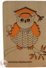 Grußkarte aus Holz, Eule mit Doktorhut