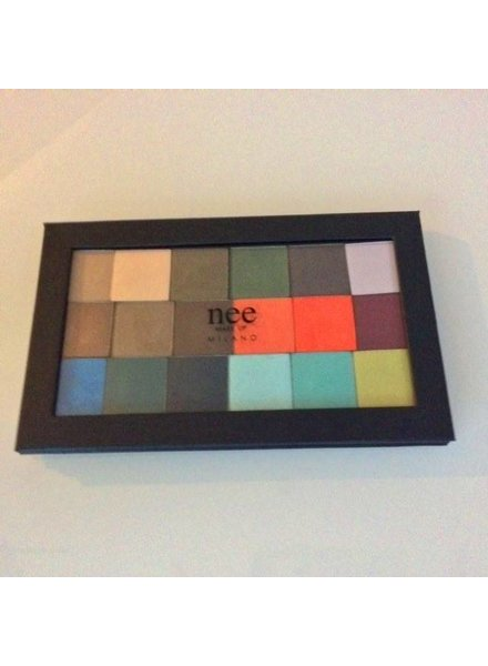 Nee Nee Magnetic Palette with 18 NEW Mono Eye colours