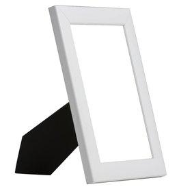 Levie - moderne witte fotolijst