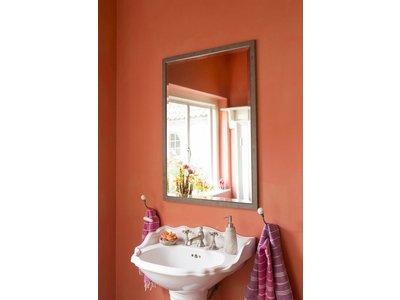 Rimini - spiegel met smalle licht bruine lijst met zilver