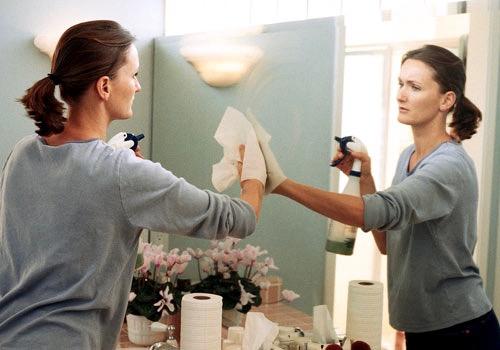 Schoonmaak tips vieze spiegels Kunstspiegel