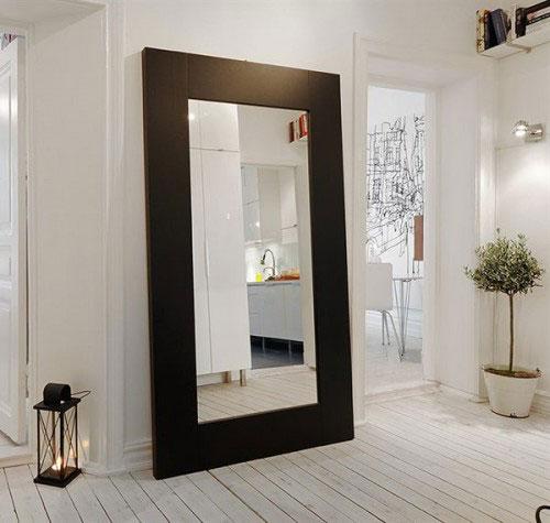 Afbeeldingsresultaat voor woonkamer spiegel kunstspiegel