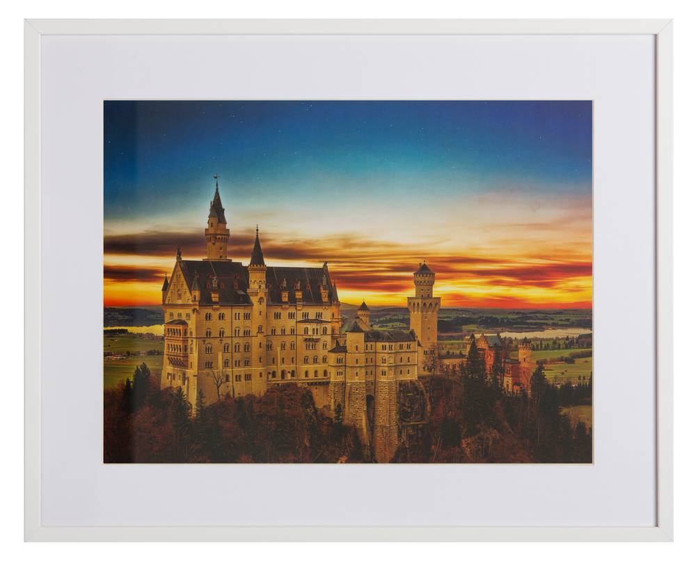 Neuschwanstein by Johannes Plenio