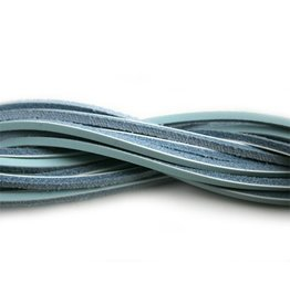 CDQ lederband  square 2mm ca.85cm l.turq