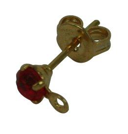 CDQ oorsteker met steentje en oogje 3mm rood goudkleur