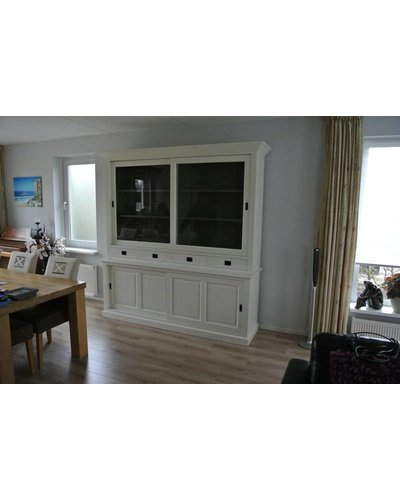 Winkelkast 215cm breed RAL9010 met de binnenzijde RAL7005