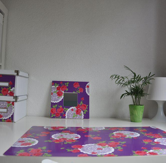 Bureau onderlegger paars met rood en wit gebloemd