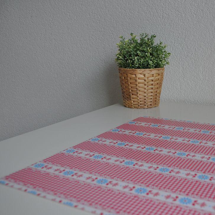 Bureau onderlegger fris rood wit blauw, ruit en bloem