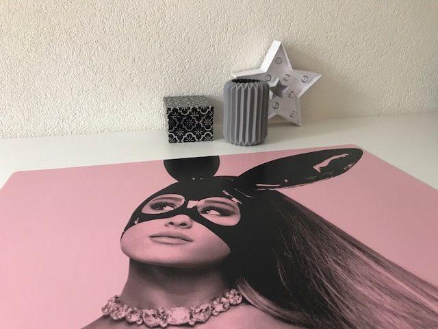 HippeKinderkamers Bureau onderlegger Ariana Grande pink-roze
