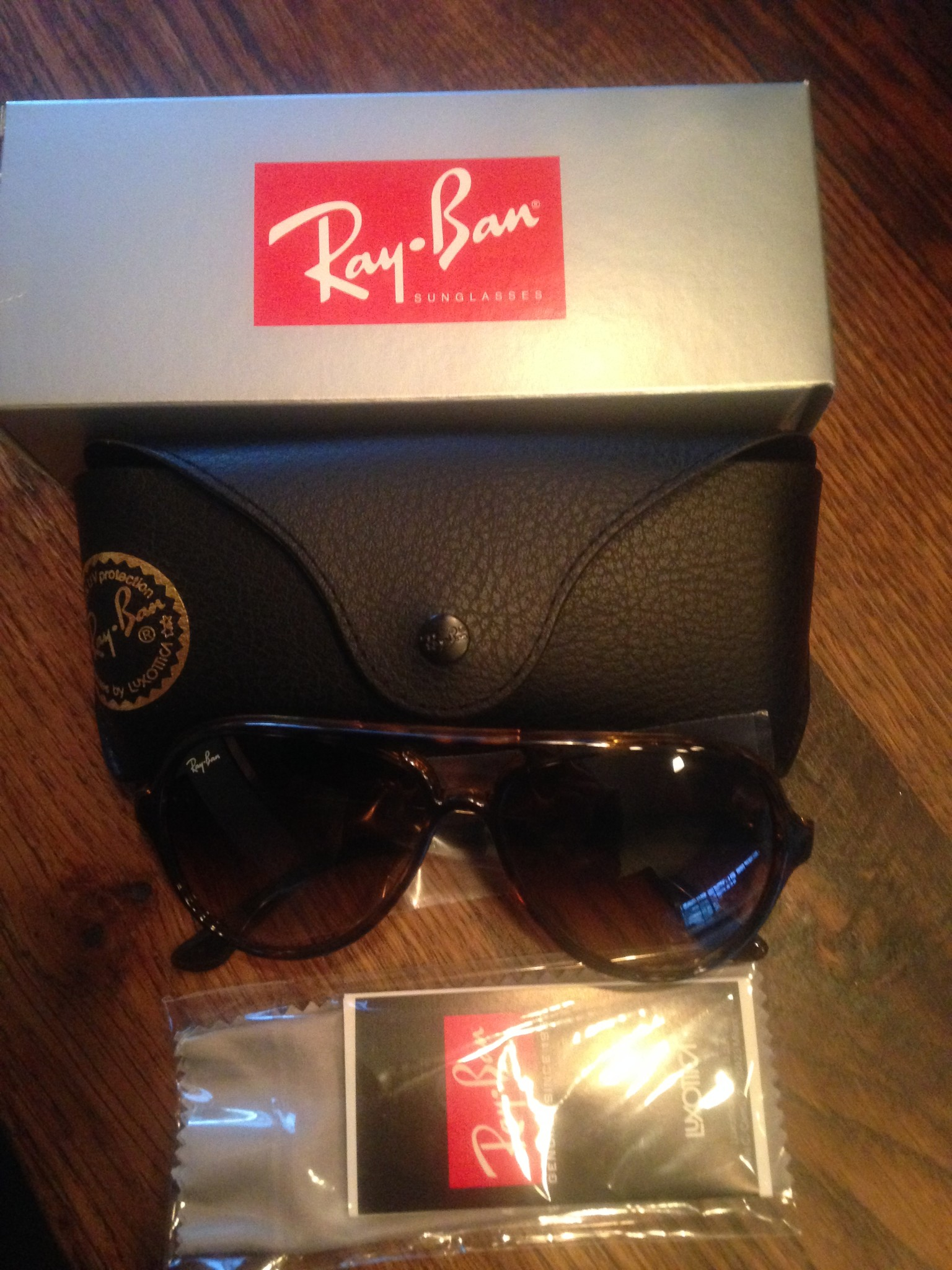 ray ban nep of echt