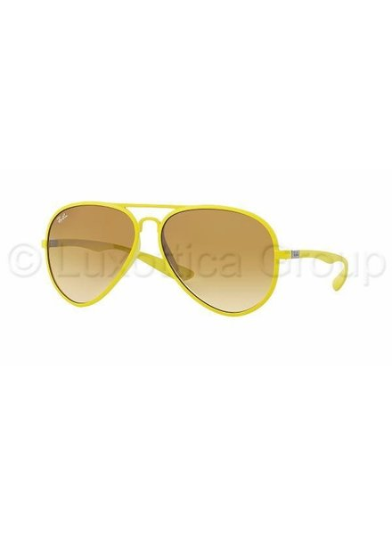 Ray-Ban Aviator Liteforce - RB4180 60852L