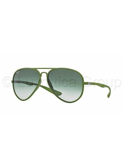 Ray-Ban Aviator Liteforce - RB4180 60868E | Ray-Ban Zonnebrillen | Fuva.nl