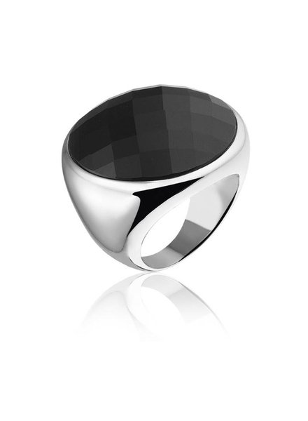 Zilveren ring met grote zwarte Onyx steen