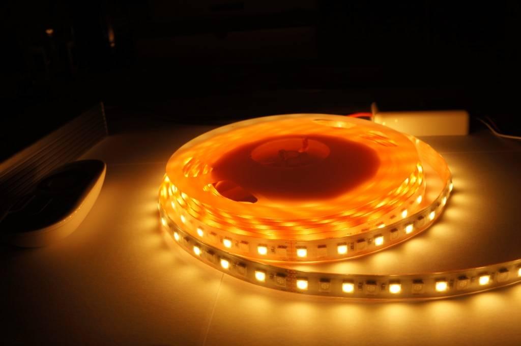 Vallas Vallas RGBW LED Strip 24V