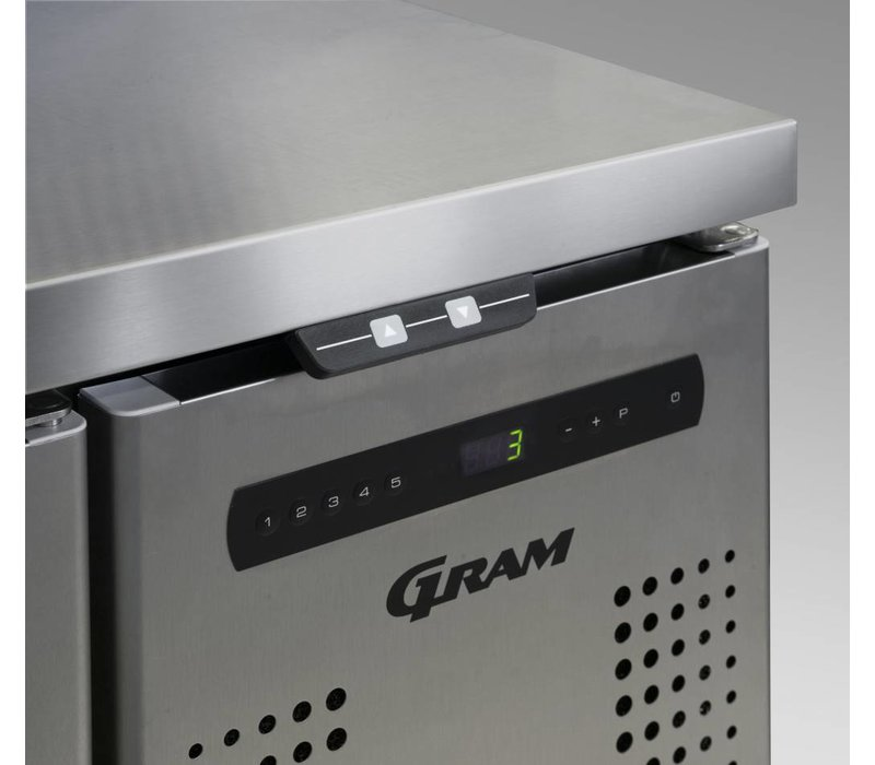 Gram Saladette RVS | 3 Deurs + 7 x 1/3 GN | Gram GASTRO 07 K 1807 CSG SL DL/DL/DR L2 | 1726x700x885/950(h)mm
