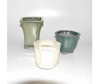 Set of three pots