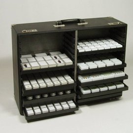 Karat sample case with leather edges and racks