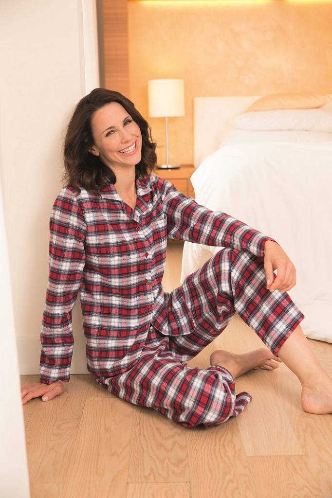 novila damen pyjama petra 8680 feinflanell damen schlafanzug textile tr ume edle heimtextilien. Black Bedroom Furniture Sets. Home Design Ideas