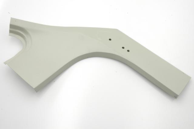 Pied arrière droit intérieur , tôle réparation à l'origine break