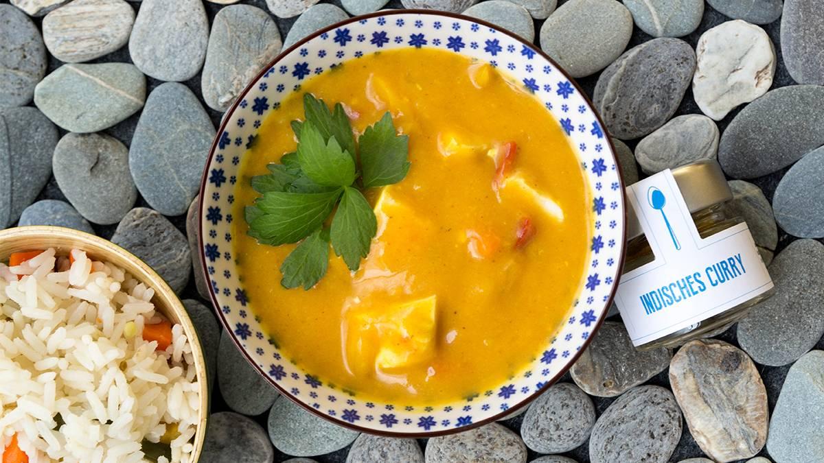 Indisches Hühnchen-Curry mit Cashew-Kokos-Sauce