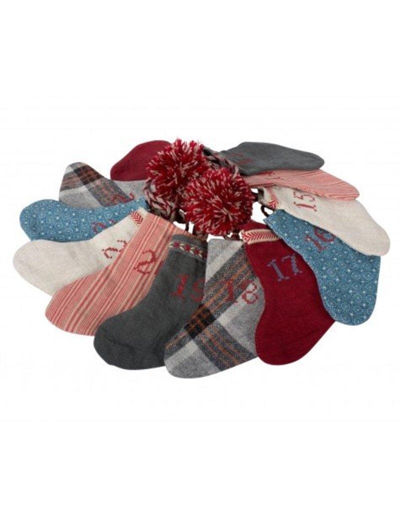 Maileg Adventskalender Girlande 12 Socken + Dose