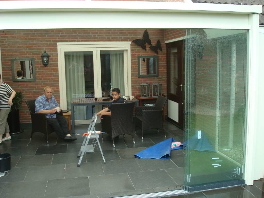 Sunflex Helden Panningen Limburg Glaswand gemonteerd door A.G.A.Terras van het merk Sunflex