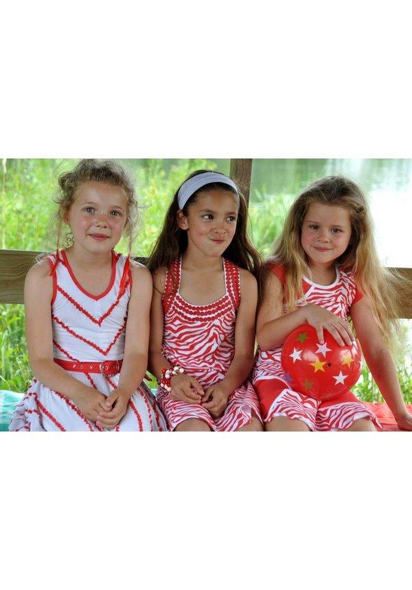 Zebra jurkje in rood van de zomercollectie van Lofff