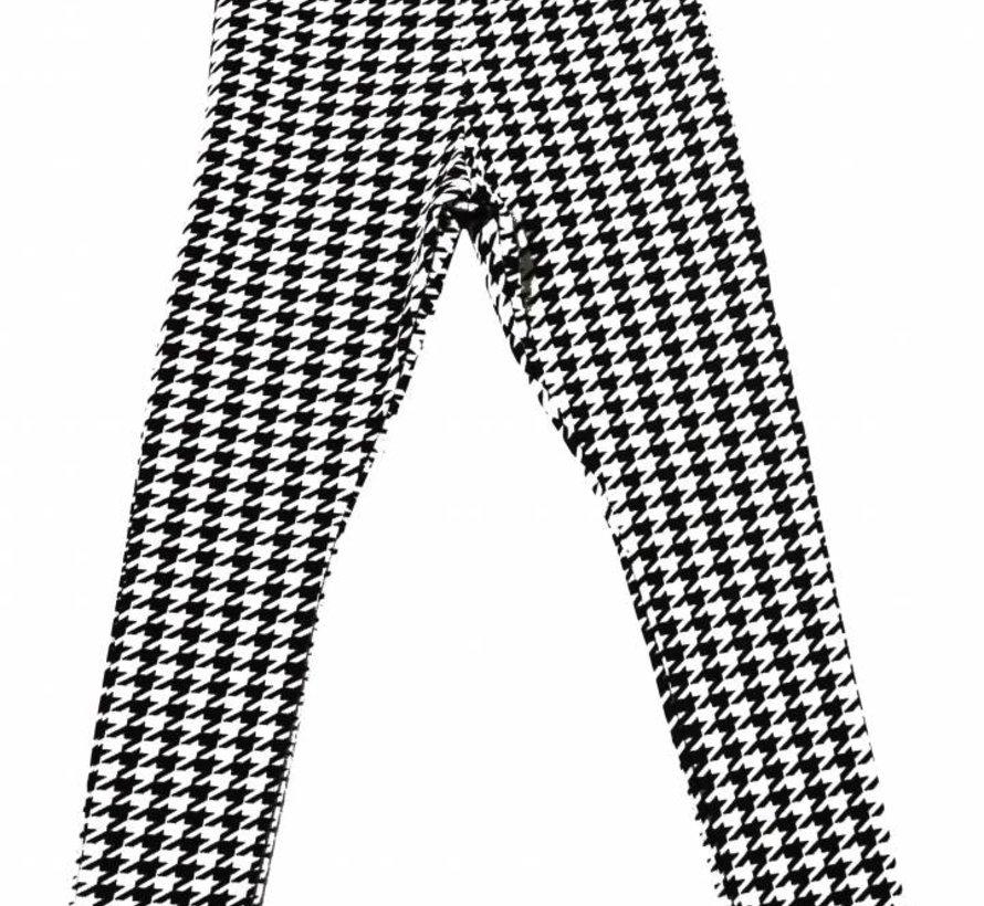 Zwart wit legging uit de wintercollectie van Soekartien 2016/2017