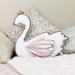 Little Cloud swan cushion