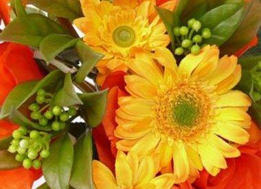 Artificial flower bouquets