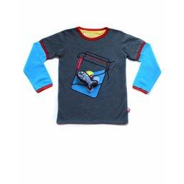 T-shirt Waving + Shark
