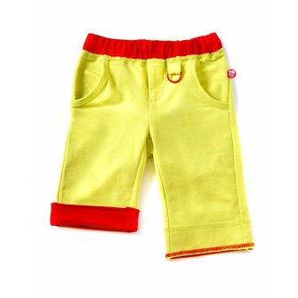 comfortabele fel gele driekwart /korte broek