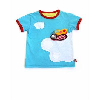 Hemels T-shirt met witte wolken en prachtige vlinder