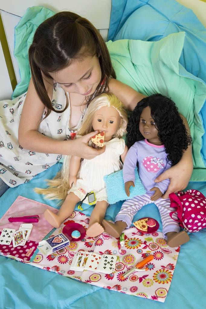 Our Generation Polka Dot Sleepover Set