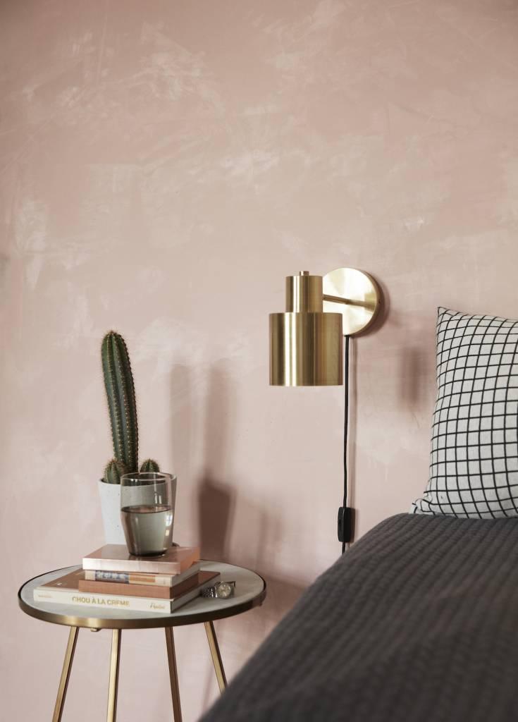 Slaapkamer inspiratie: een wandlamp als sfeerverlichting