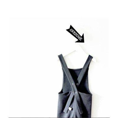 Thats Mine schwarzer Pfeil Kleiderhaken, kostenlose Aufkleber