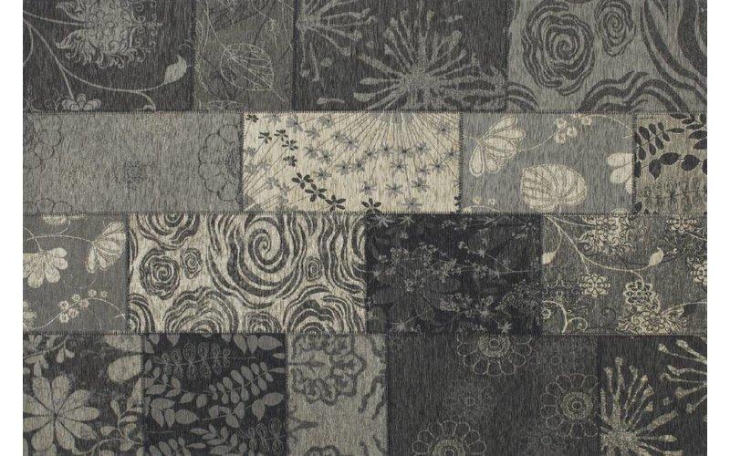 Patchwork vloerkleed met prachtig bloemenpatroon in het zwart
