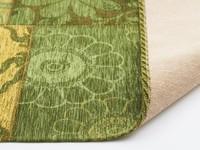 Patchwork vloerkleed met prachtig bloemendessin in het groen