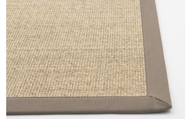 Prachtig sisal vloerkleed in beige met taupe band
